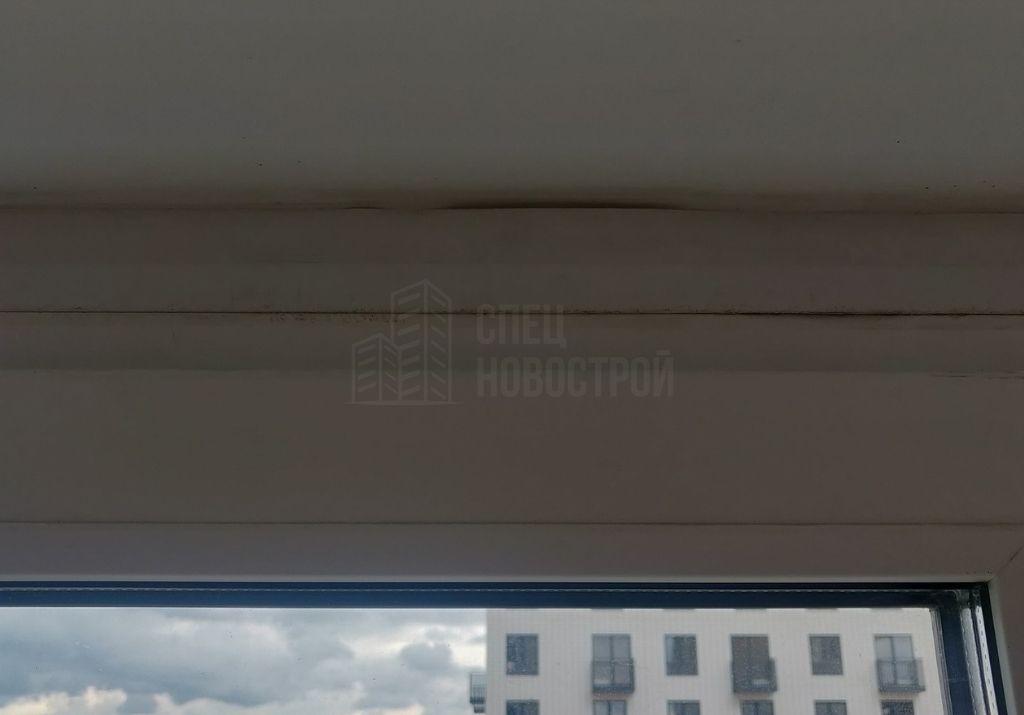 некачественный монтаж нащельников на окнах