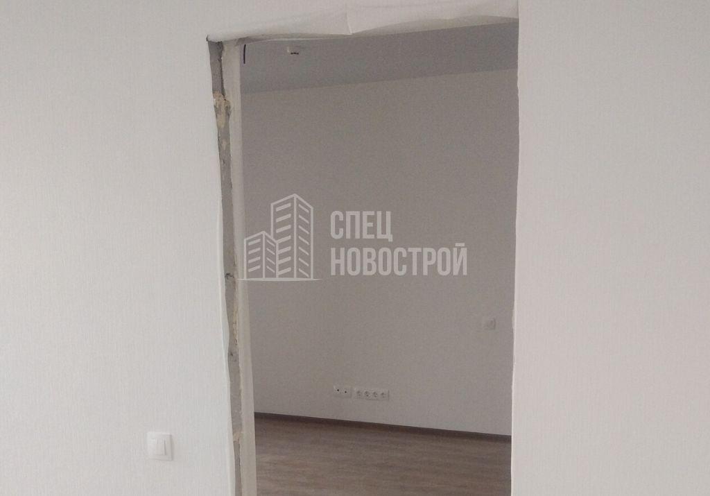 не смонтированы межкомнатные двери