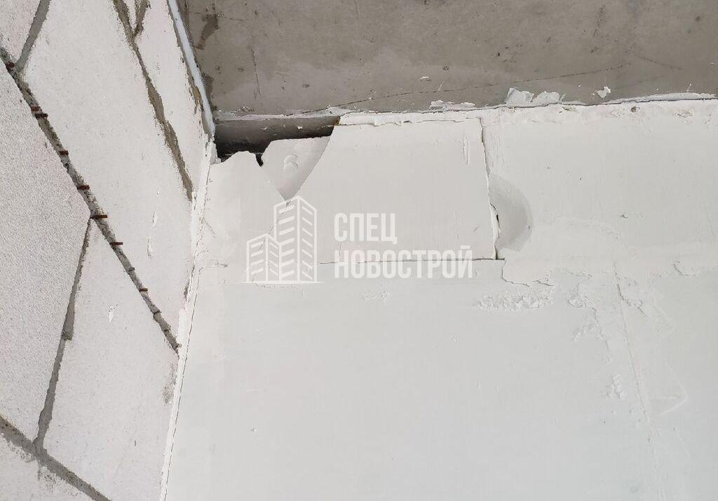 расколоты блоки в стенах вентиляционных коробов