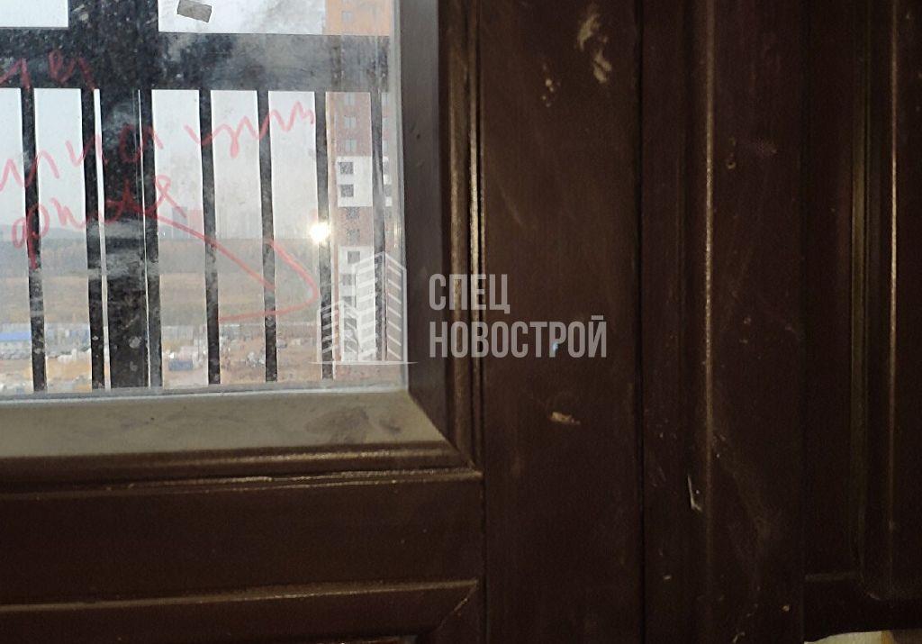 сколы на поверхности профиля балконного блока