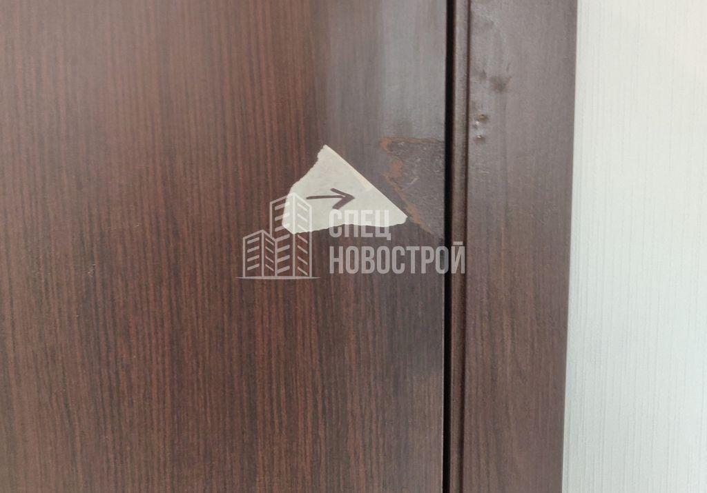 повреждение межкомнатной двери