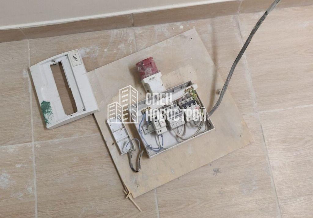 не собран электрощиток в общем коридоре