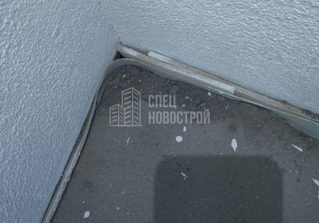 крошится стяжка на балконе