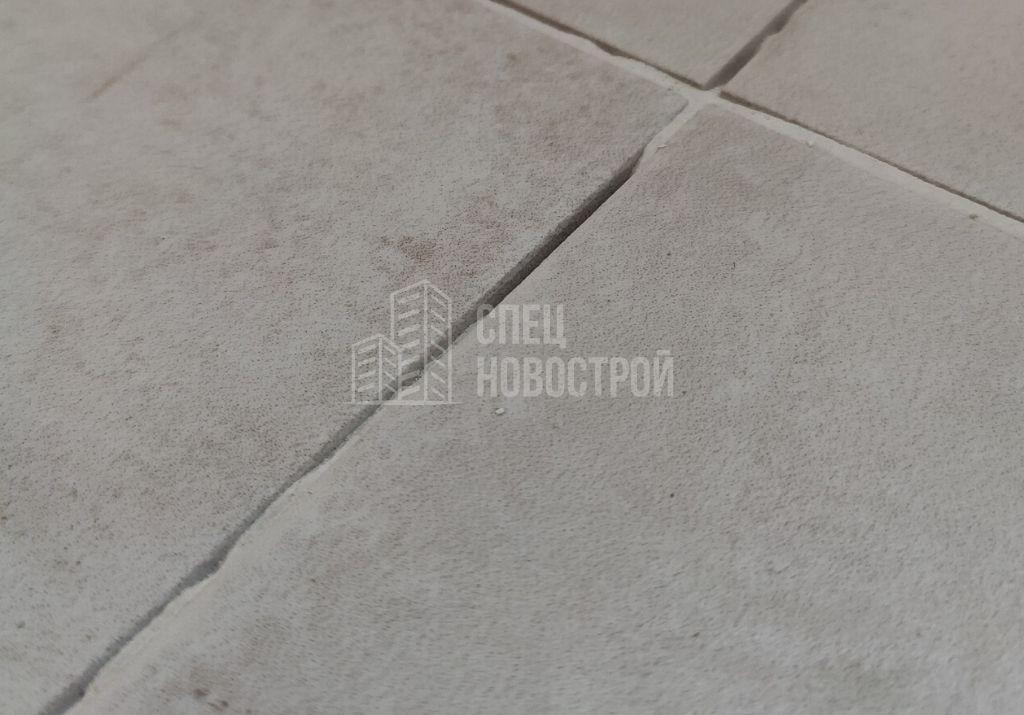 пропуски затирки в швах напольной плитки