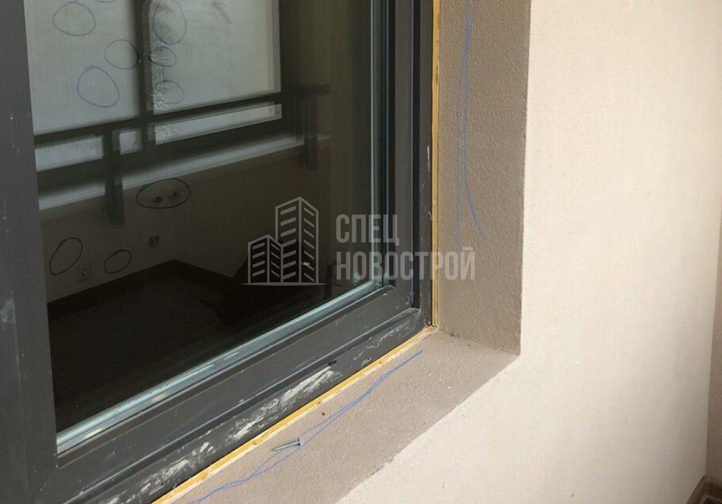 не обрезан установочный профиль балконного блока