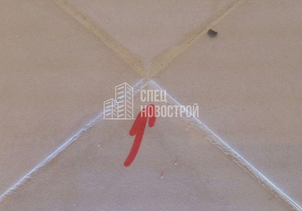 уступы напольной плитки величиной более 3х мм
