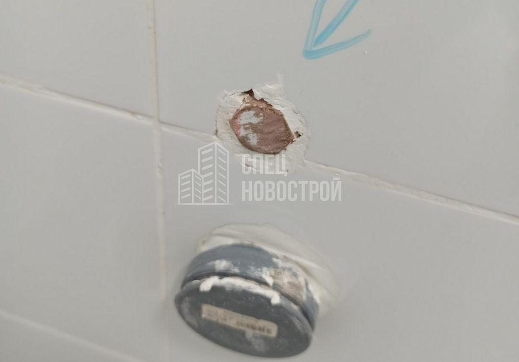 нет возможности подключить подачу воды на стиральную машину (глубоко утоплен)