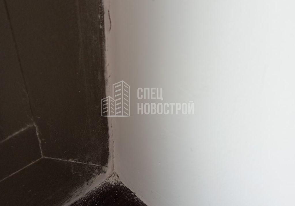 трещины на примыкании откосов к раме оконного блока