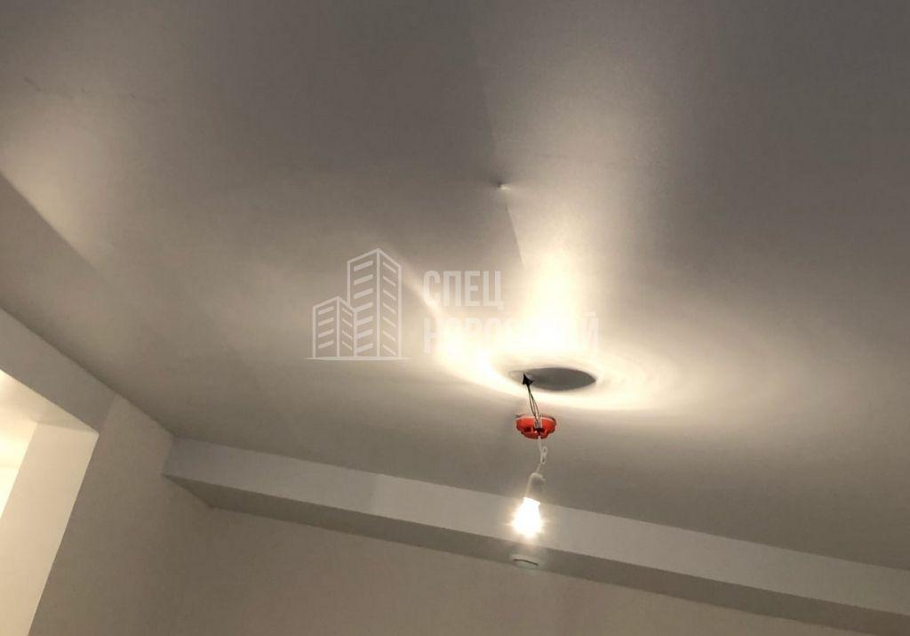 втягивание полотна натяжного потолка