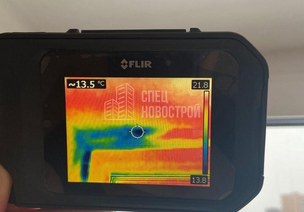инфильтрация наружного воздуха на участке верхнего монтажного шва оконного блока