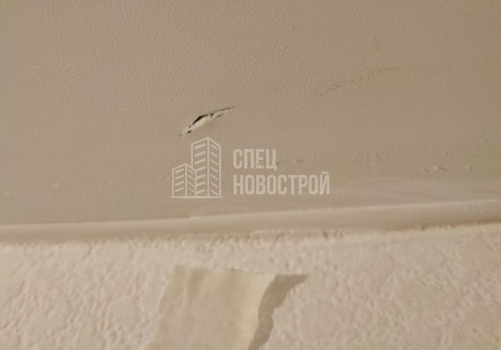прокол на полотне натяжного потолка