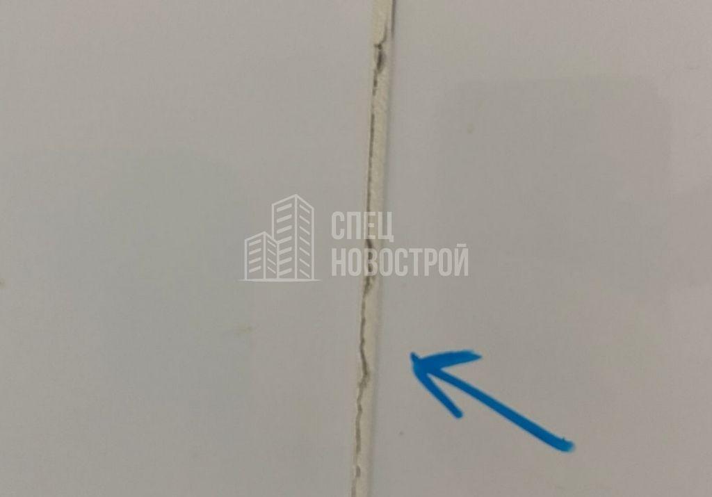 трещины в затирке швов настенной плитки санузла