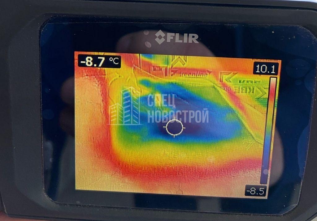 инфильтрация наружного воздуха на участке нижнего монтажного шва оконного блока