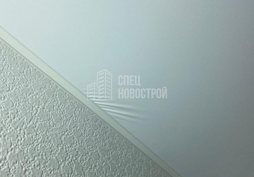 морщины на полотнах натяжных потолков